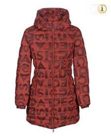 Oranger Desigual Wintermantel für Damen. Hüftlanger gepolsterter Mantel mit Rundhalsausschnitt und Logodruck, orange.