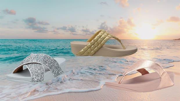 Fitflop Damen Sandalen. Sandale Lulu in Farbe gold, silber und rosé. Sonnenuntergang am Strand.